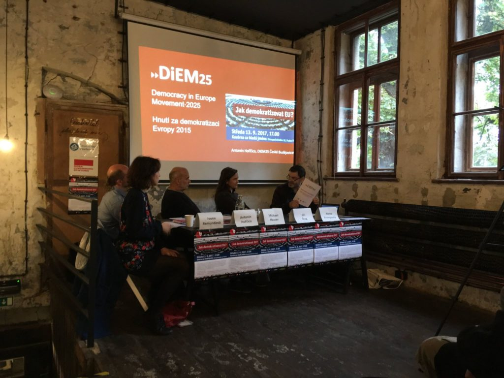 DiEM25 seminar in Prague