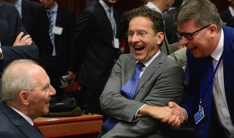 German Finance Minister Wolfgang Schaeuble (L) and Eurogroup President Jeroen Dijsselbloem (2-R) laugh at the start of Eurogroup finance ministers meeting at the European Council headquarters in Brussels, Belgium, 13 July 2015. Eurozone finance ministers were to discuss a range of issues including the election of the Eurogroup president and the current situation affecting Greece. EPA/STEPHANIE LECOCQ/dpa (recrop) +++(c) dpa - Bildfunk+++