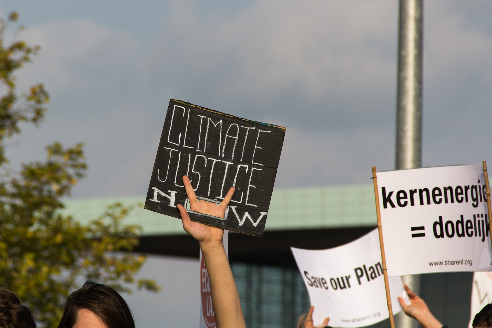 The Green New Deal for Europe paves the way for global justice