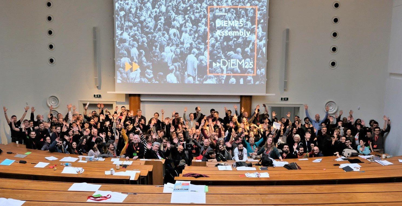 Activistas reúnem-se para ajudar a definir a estratégia do DiEM25 para assumir o Estabelecimento da UE